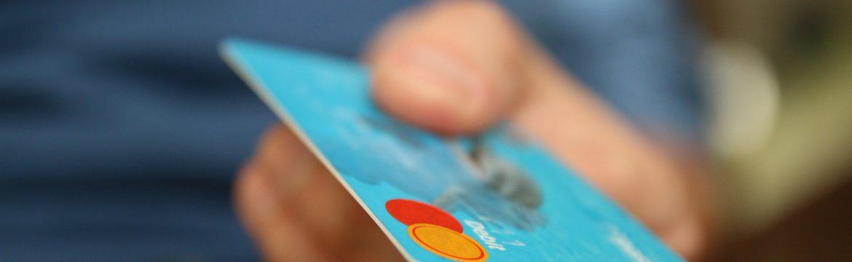Alteração da Dívida do Cartão de Crédito a Partir de Abril